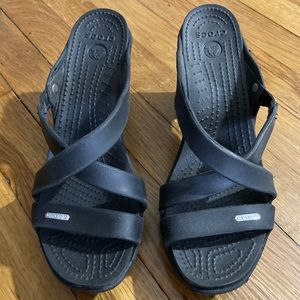 women's Crocs sandals size 8 W